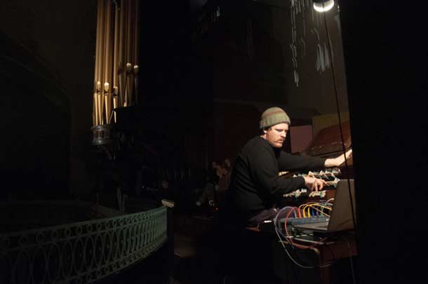 John_Chantler - St John Sessions 2014, St John at Hackney Church, Londra, 2014 - foto ph by Conor McTernan
