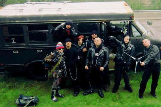 Road Dogs: the Black Bus