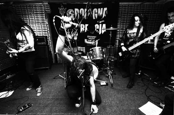 Horror-Vacui-Band1