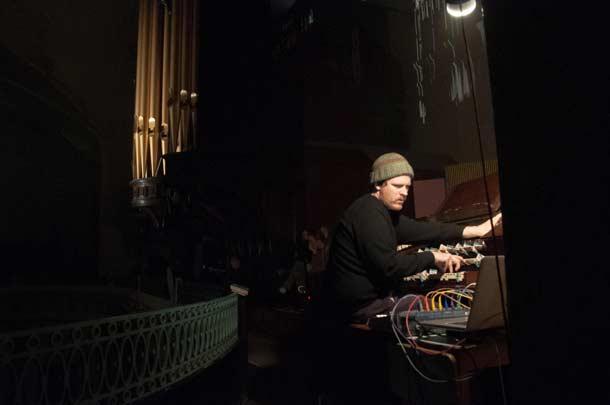 John_Chantler - St John Sessions 2014, St John at Hackney Church, Londra, 2014 - foto ph by Conor McTernan
